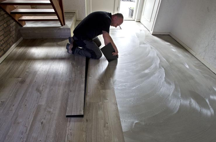 Pvc Vloer Herstellen : Reparatie vloeren service